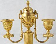 Paire de bougeoirs bronze doré